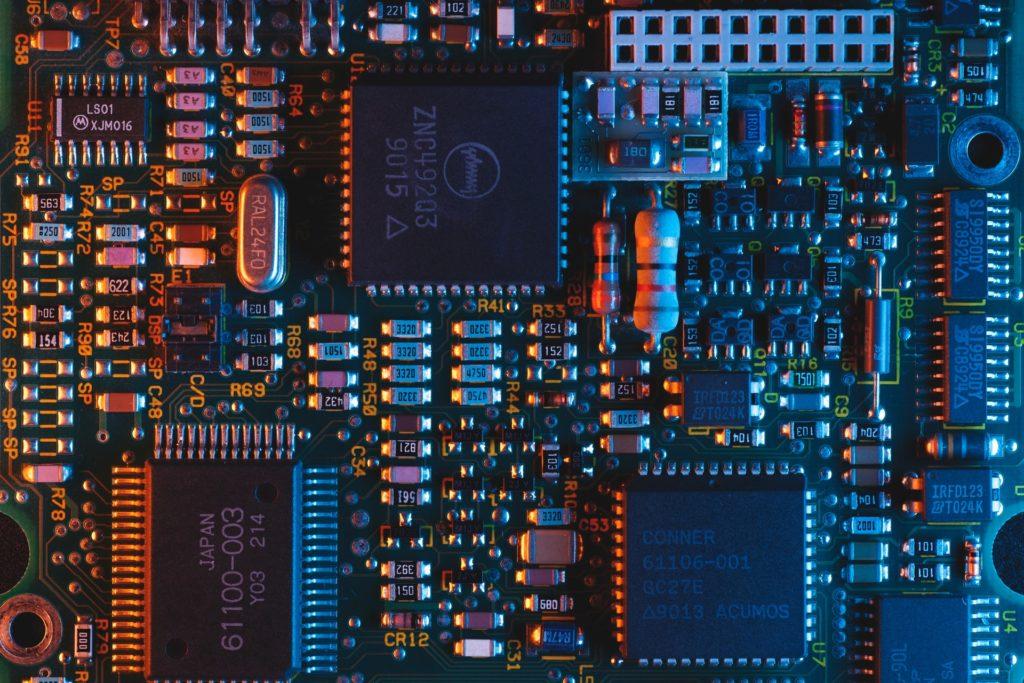 Mikrochips von KI besser designt
